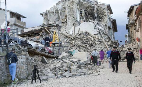 Palavras do Prelado sobre o terremoto na Itália