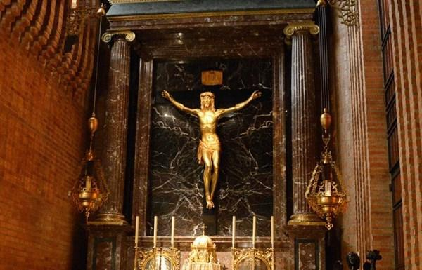 Opus Dei - Saint Josemaria's Devotion to the Holy Cross