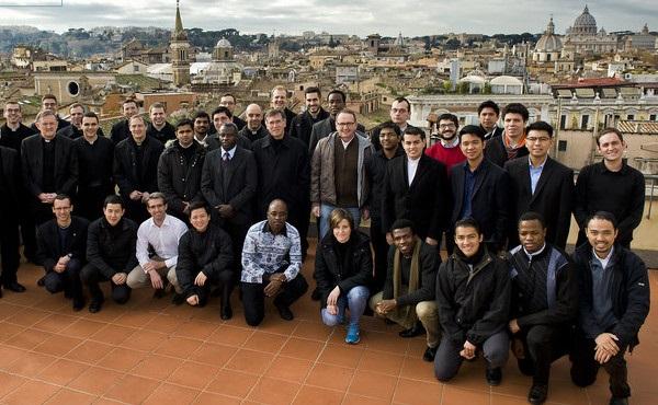 Opus Dei - Sacerdotes para todas las naciones