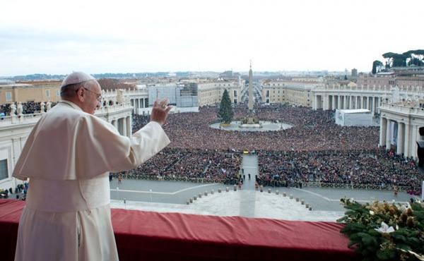"""Urbi et Orbi: """"Jezus is de Redder voor iedereen, voor alle naties en volken"""""""