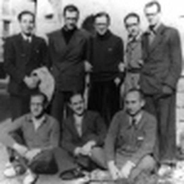 Leben noch einige derjenigen, die beim Übergang über die Pyrenäen dabei waren, wie z. B. Pedro Casciaro? Sind sie Priester des Werkes geworden?