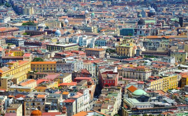 Opus Dei - Mgr Ocariz en visite pastorale à Naples