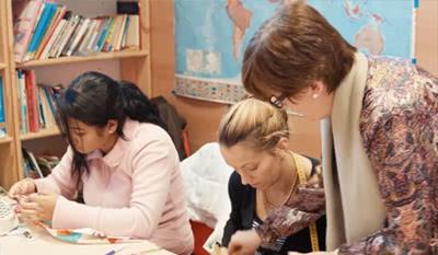 """'El balance de este primer año no podía ser mejor. """"Colaboramos con más de 50 organizaciones sociales de Navarra y contamos con casi 3.000 voluntarios', asegura Sofía Collantes."""