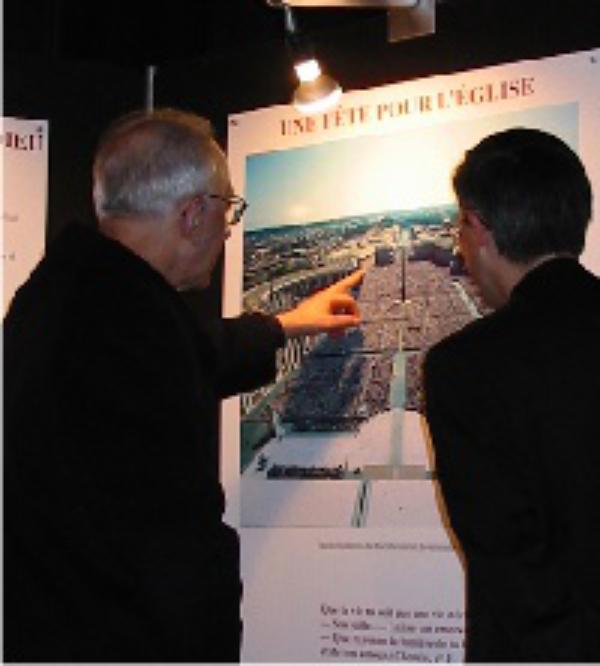 Exposición itinerante en Francia