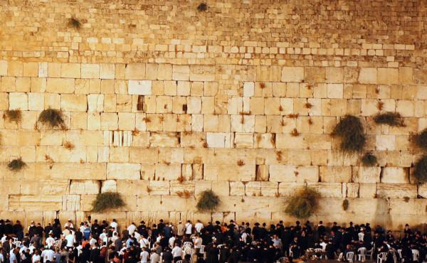 Commentaire d'Évangile : Il n'en restera pas pierre sur pierre
