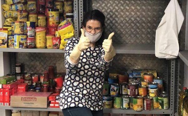 Más de 30 toneladas de alimentos para familias del Raval